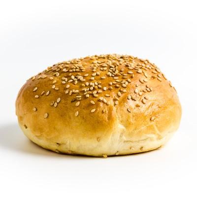 Selbstgemachte Hamburgerbrötchen auch Brioche Buns genannt